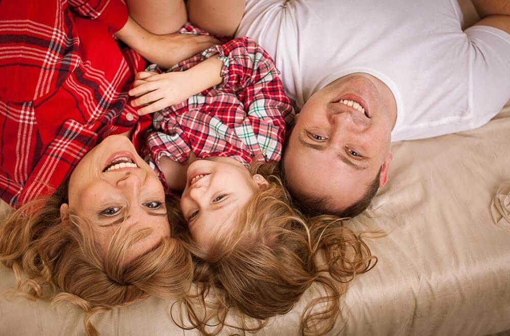Семейное фото в студии в Москве
