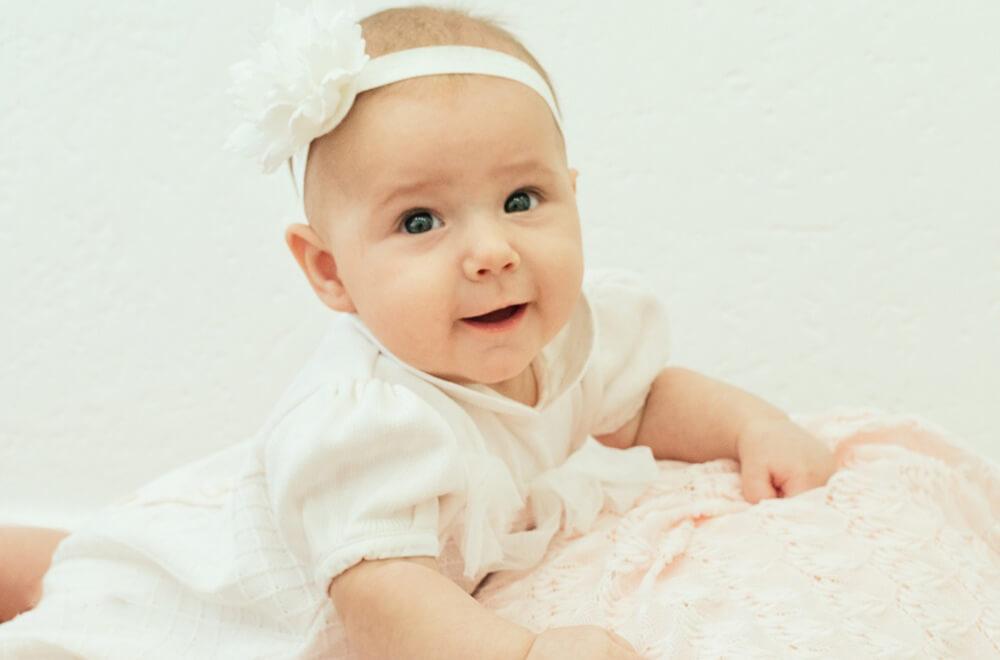Преимущества съемки новорожденных в фотостудии
