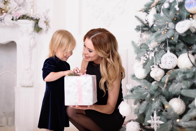 Семейная съемка с ребенком на Новый год