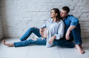 Фотосессия беременных в студии | Фотостудия «Dzen Studios»