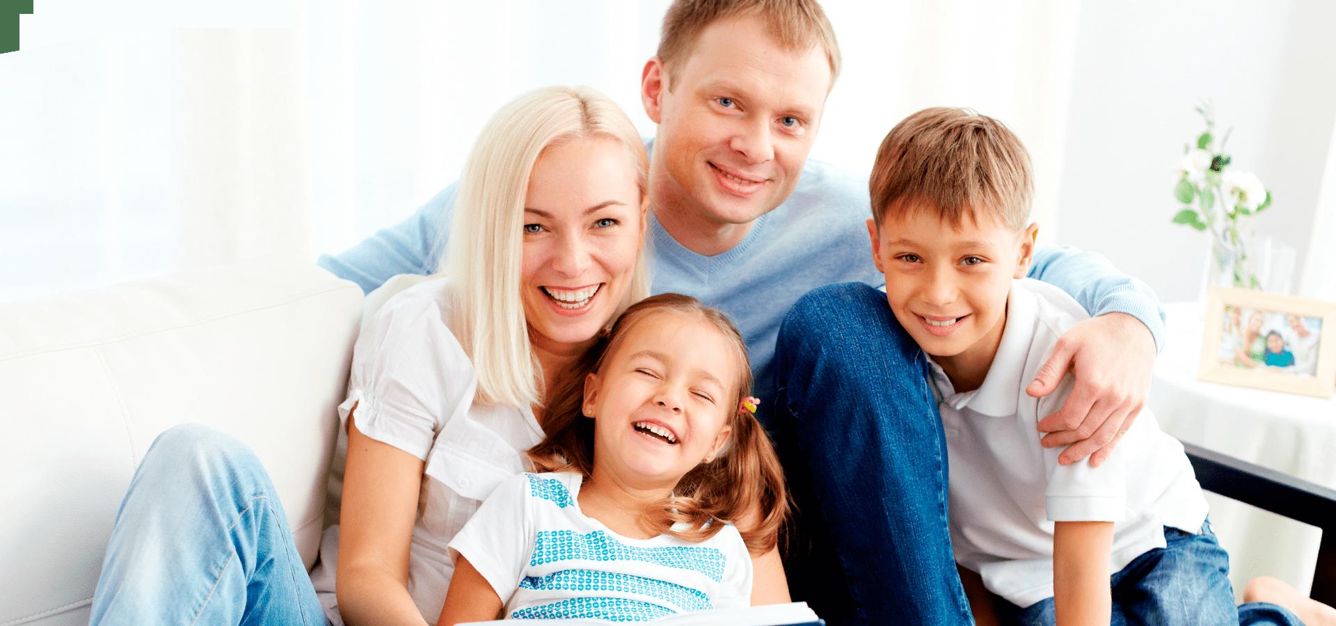 Фотосъемка семьи в студии