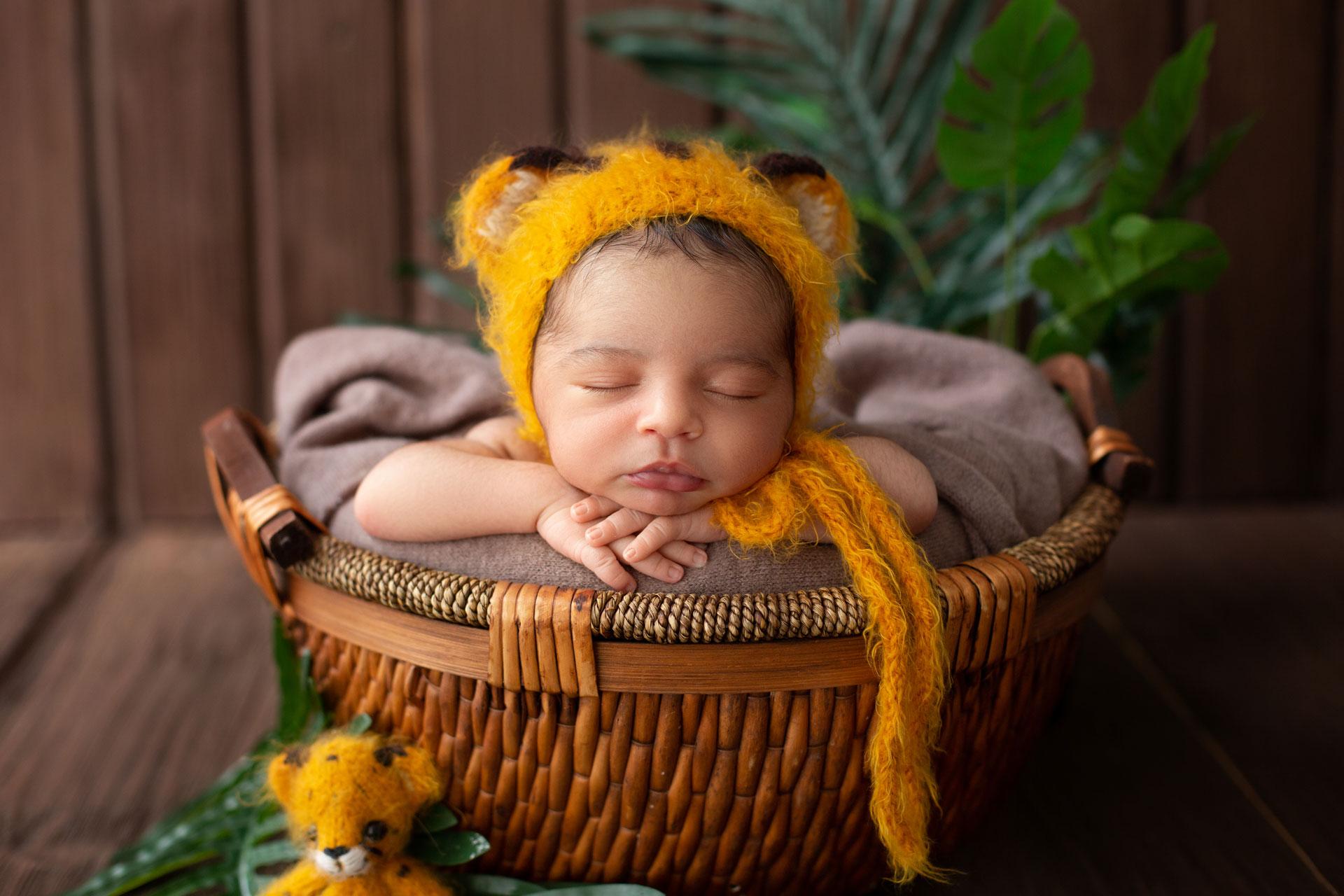 Фотосессия маленького ребенка до года